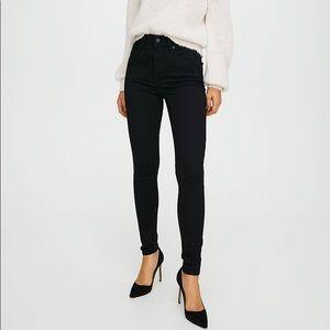 Levi mile high super skinny black jeans